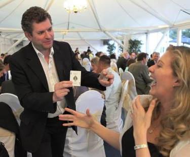 222ea98ddff8 BERKSHIRE MAGICIAN FOR HIRE - WEDDINGS & PARTIES - Berkshire ...